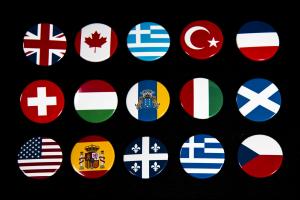 Κονκάρδες σημαίες διάφορες